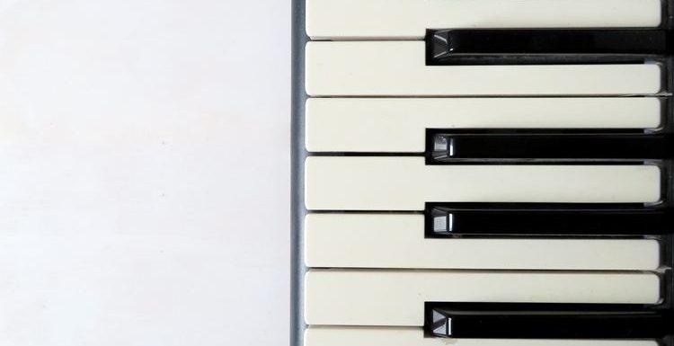 Välkomna våren med pianospel